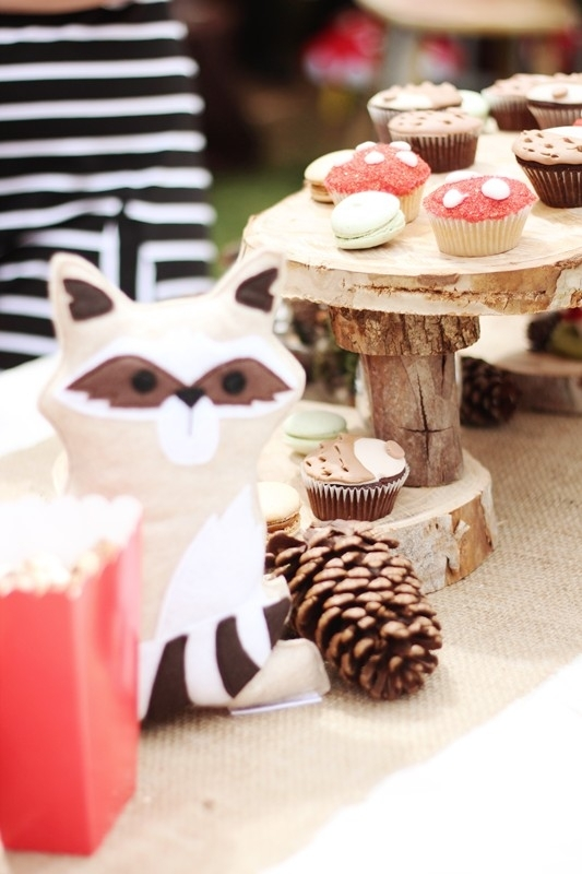 woodland_forest_boy_birthday_party_dessert_table_33456554