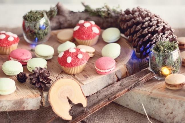 woodland_forest_boy_birthday_party_dessert_table_kjrekr99812