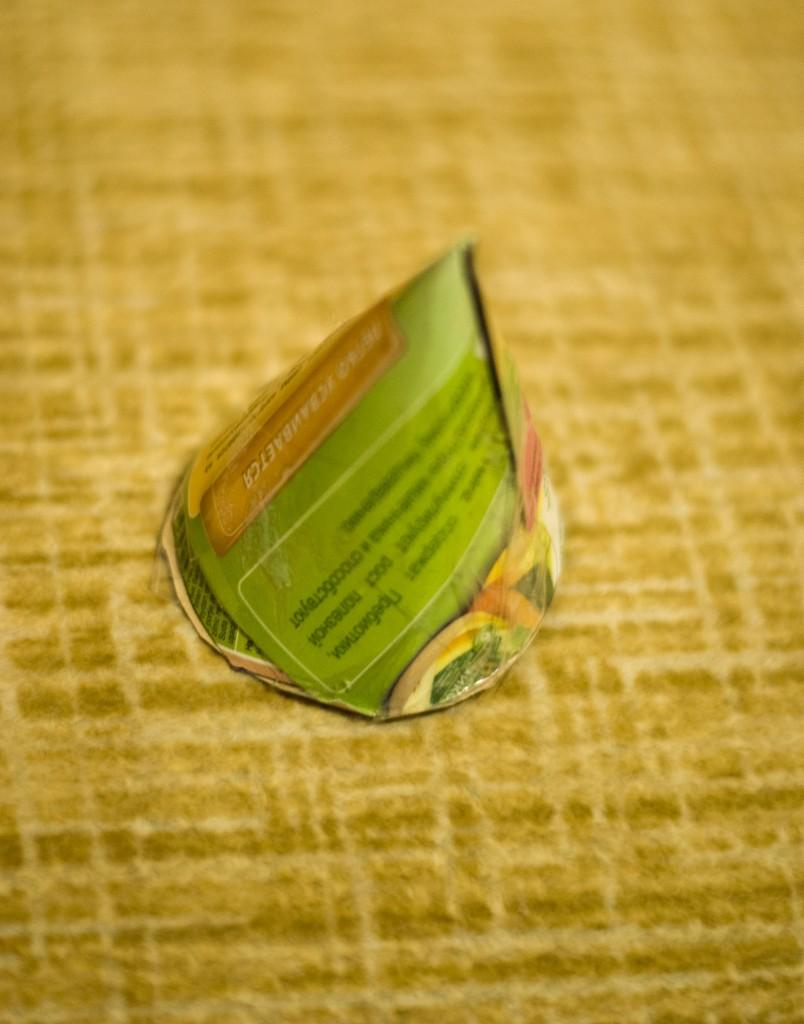 Новогоднее украшение из бумаги. Детский колокольчик на елку