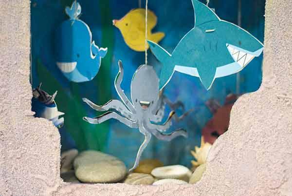 Игрушечный аквариум. Идея поделки из картона