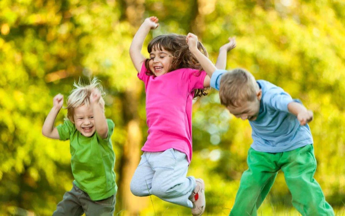 Топ-7 главных советов родителям, как отвести от своего ребенка опасности улицы