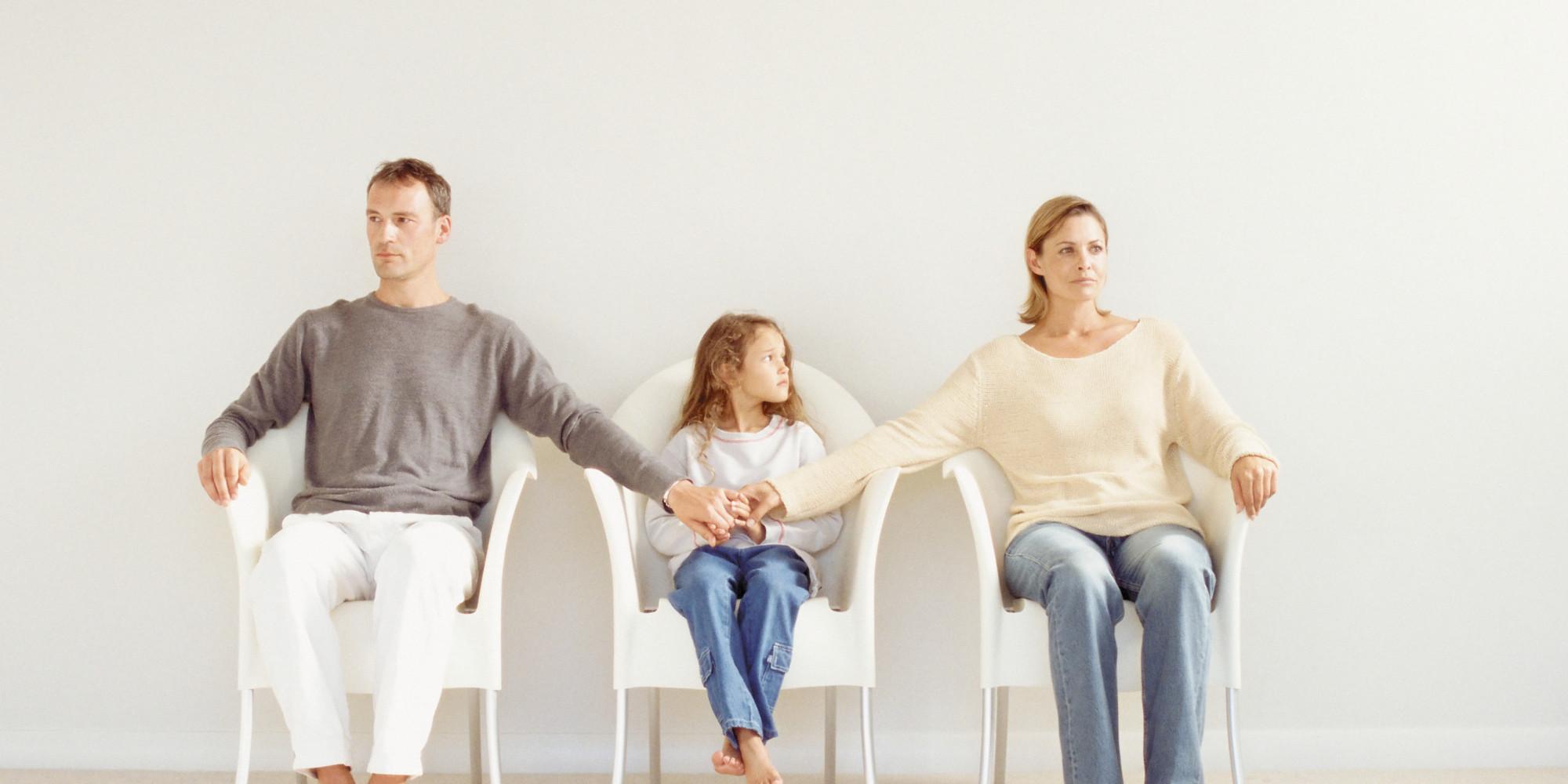 Как правильно объяснить ребенку, что мама и папа – больше не семья