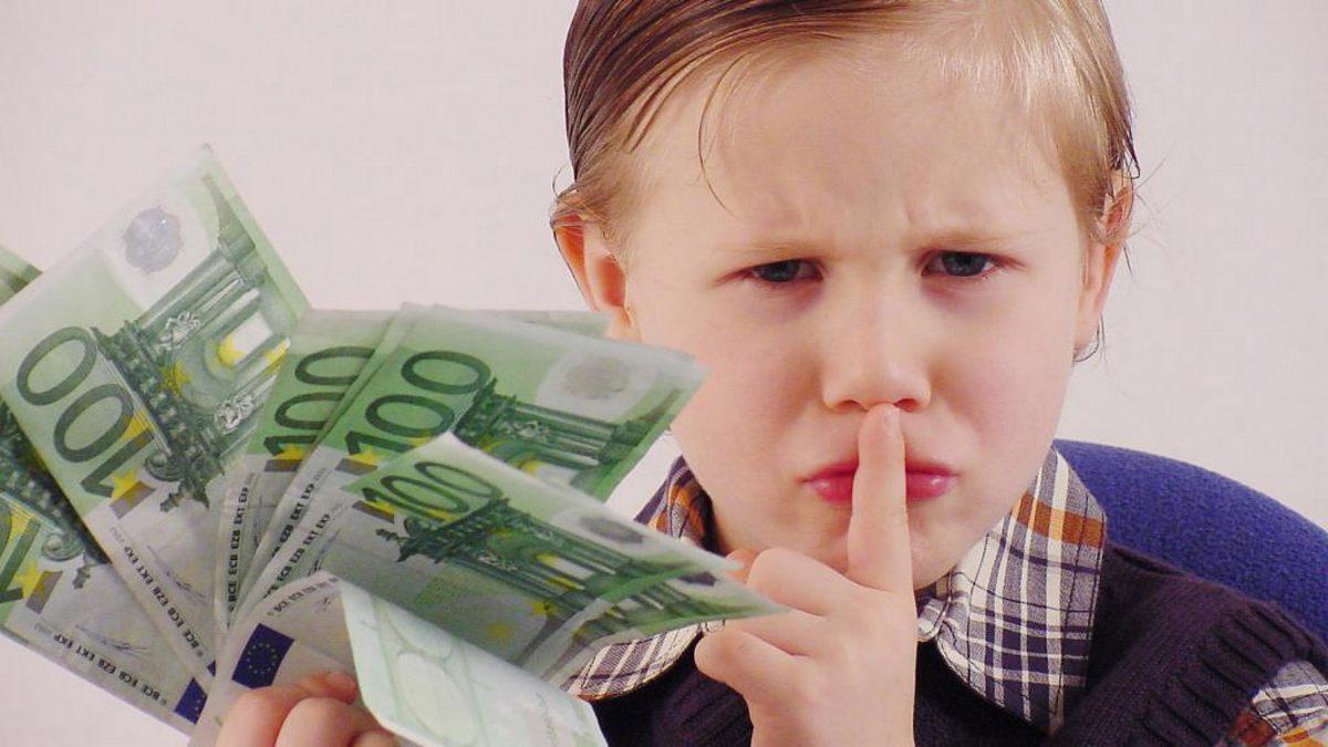 Какие ошибки недопустимы в «финансовом воспитании» ребенка